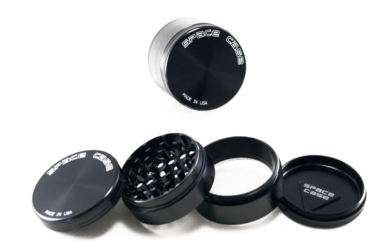Space Case Herb Grinder Four Piece (Large)